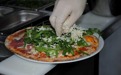 3c_rukula_kaese_pizza